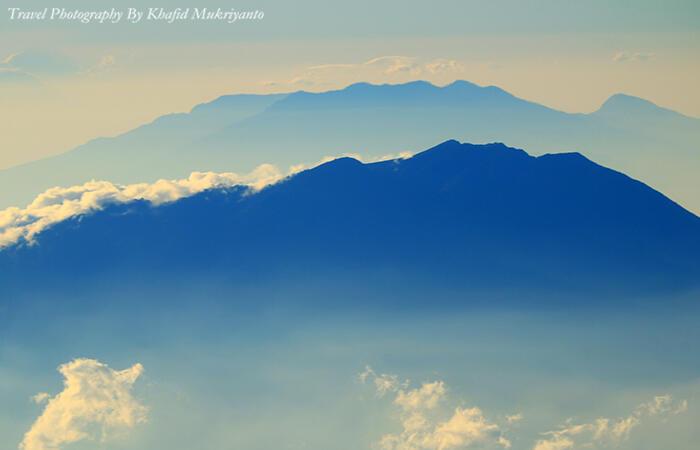 11 tips & trik fotografi saat pendakian gunung