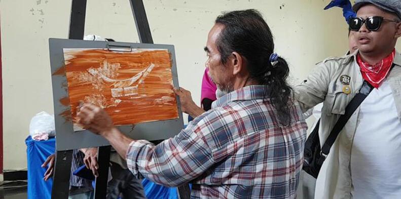 #IniIndonesiaku: Lukisan Tanah Liat dari Indonesia yang Mendunia