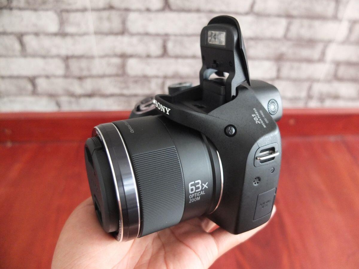 Gak Sampai Rp5 Juta, Ini 5 Rekomendasi Kamera DSLR Buatmu