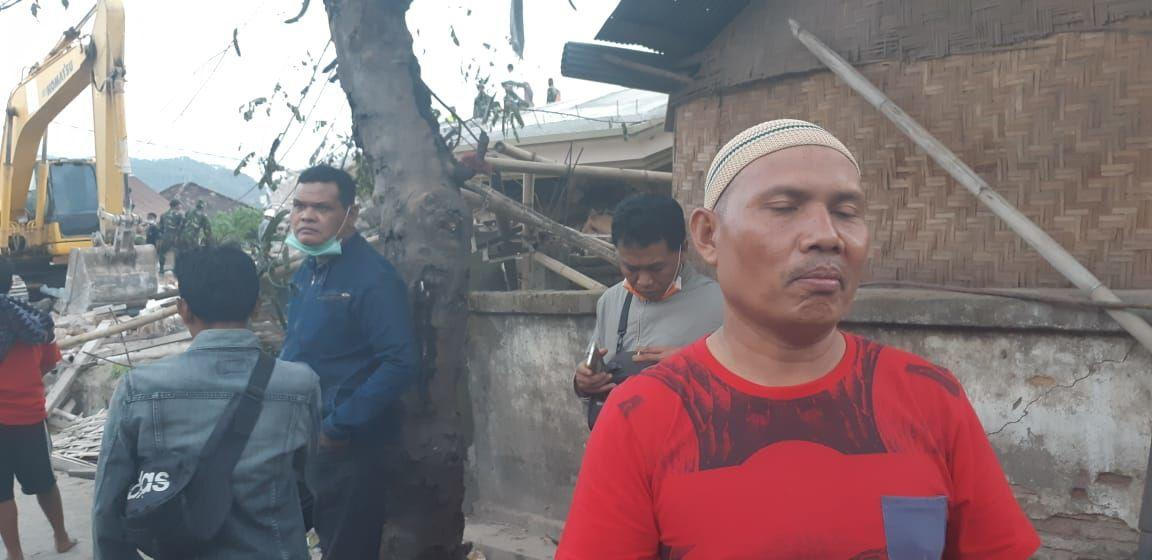 Begini Detik-detik Runtuhnya Masjid di Lombok Utara