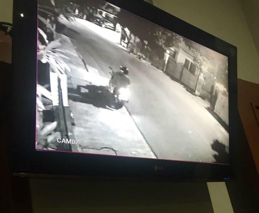 Rumah Dilempar Molotov, Kapitra: Terima Kasih atas 'Bunga' Cintanya