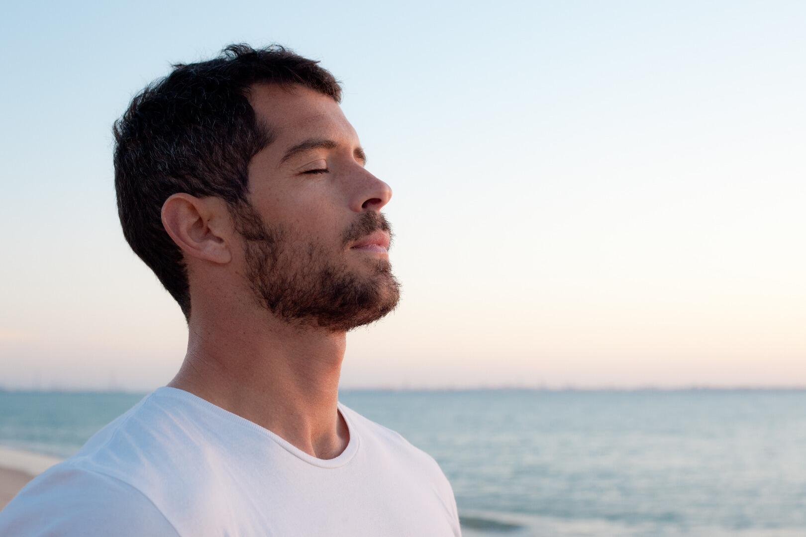 7 Manfaat Luar Biasa Bekam yang Mungkin Belum Kamu Tahu