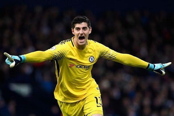 Dilirik Real Madrid, Courtois Absen Latihan Bersama Chelsea