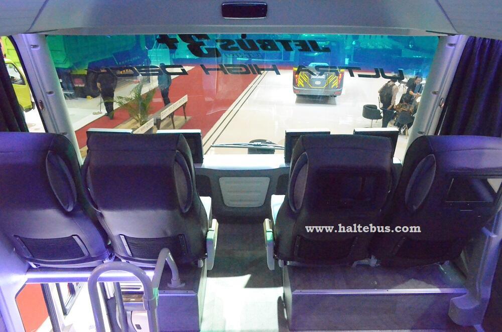 Bus Ultra High Decker yang Hampir Menyerupai Bus Double Decker