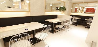 Wow, Ada Kafe Mak Comblang di Jepang