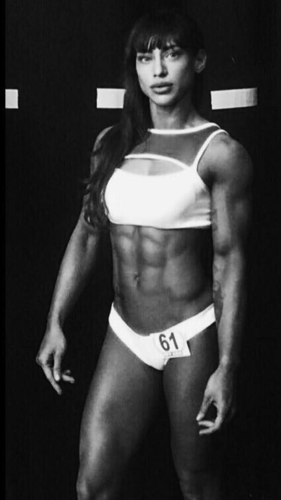 Terlalu Kuat, Atlet Cantik Ini Susah Dapat Pacar