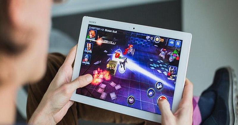 """Nggak Selamanya """"Unfaedah"""", Berikut Manfaat Bermain Game Online"""