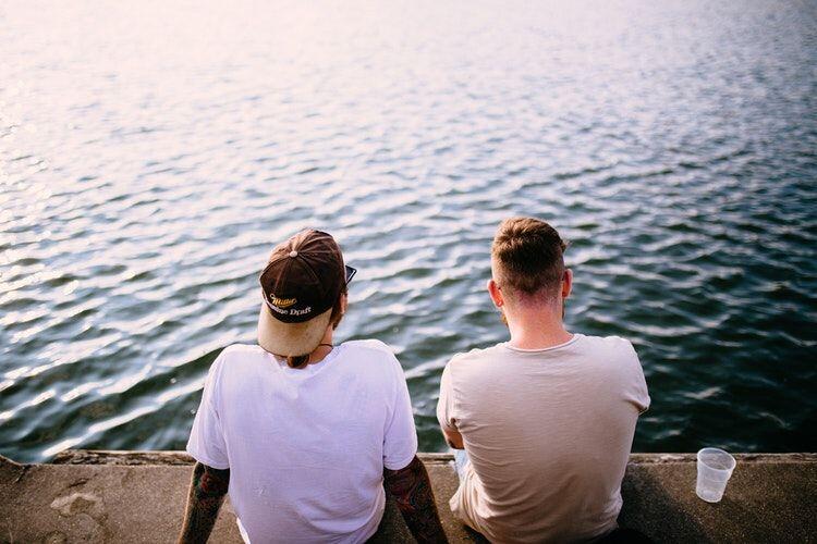 5 Cara Tepat Berikan Saran Buat Temanmu tanpa Menjatuhkannya
