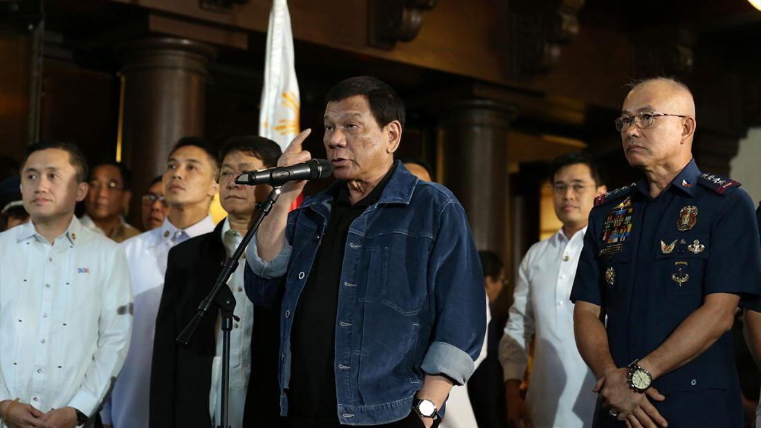 Presiden Filipina Duterte Ancam Untuk Bunuh 100 Polisi yang Dituduh Melakukan Korupsi