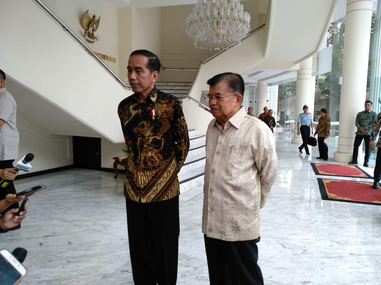Jokowi Komentari Isu Sandi jadi Cawapres Prabowo