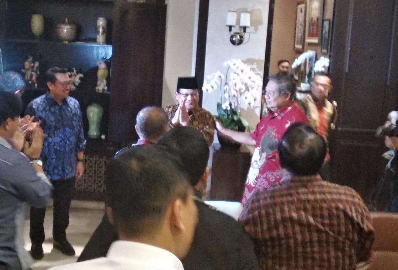 Prabowo Kembali Sambangi Rumah SBY, Bahas Apa?
