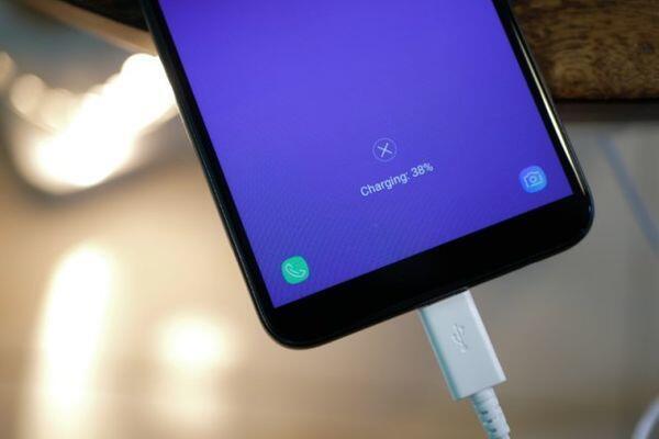 Resmi Rilis, Ini Spesifikasi Gahar Samsung Galaxy J8