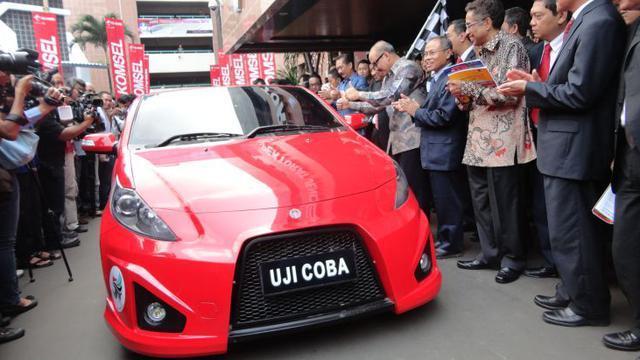 Otomotif Indonesia Dijajah Lagi di Kendaraan Listrik!
