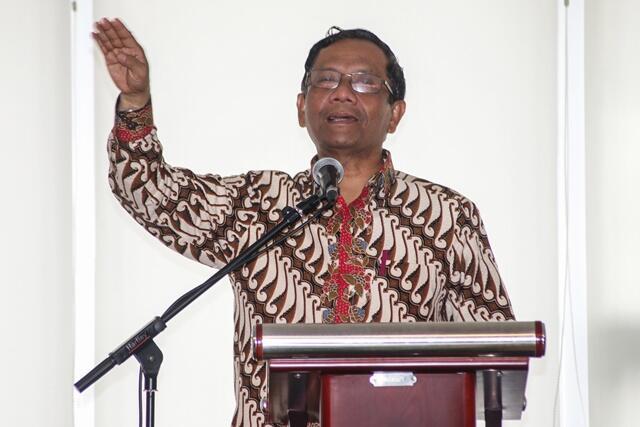 Mahfud MD Memaklumi Jokowi