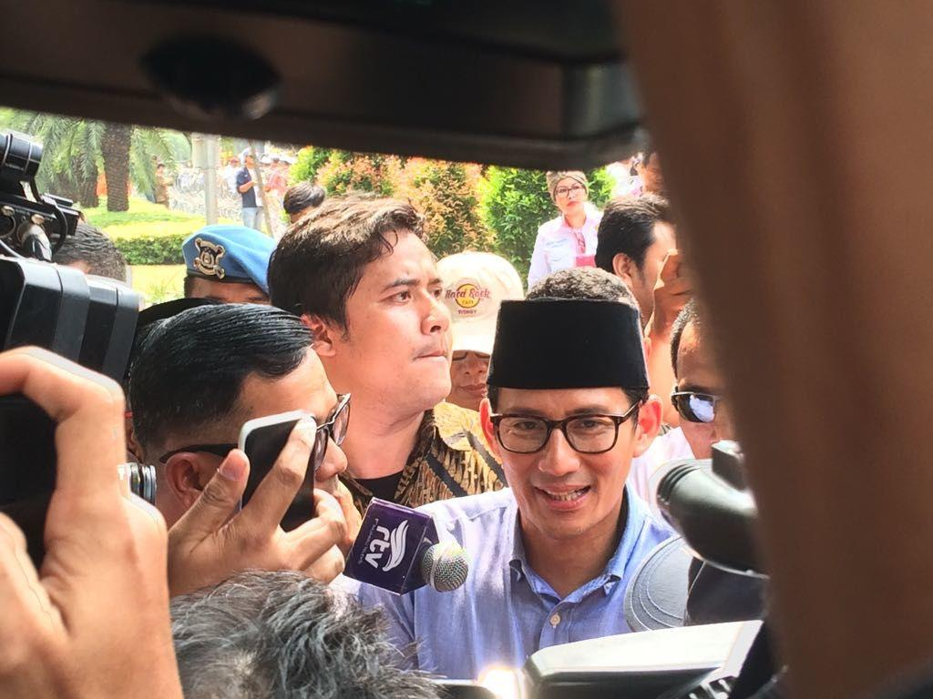 Lagu #2019GantiPresiden Iringi Pendaftaran Prabowo-Sandi