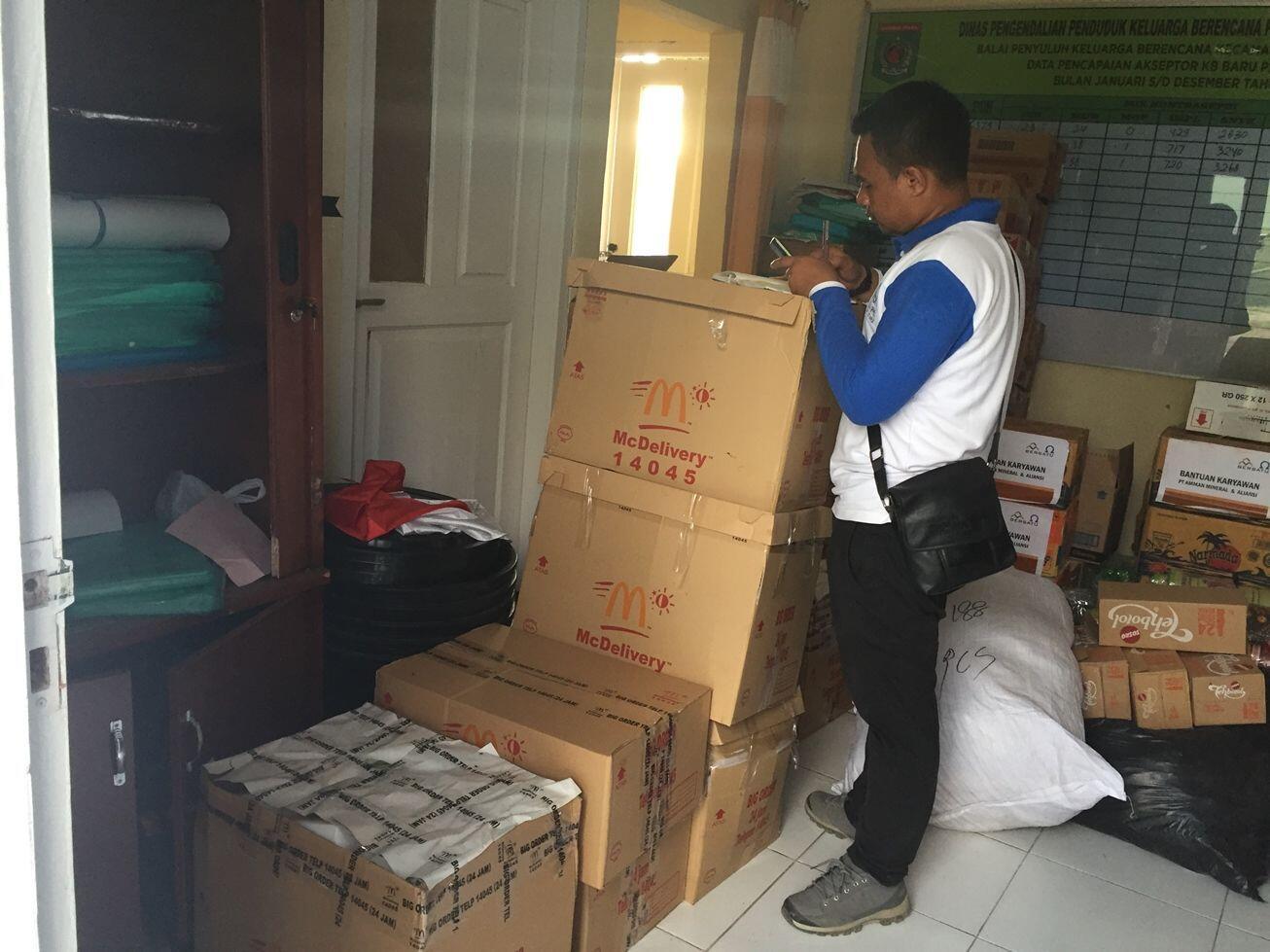 Bantu Korban Gempa Lombok, McDonald's Bagikan Ribuan Porsi Makanan