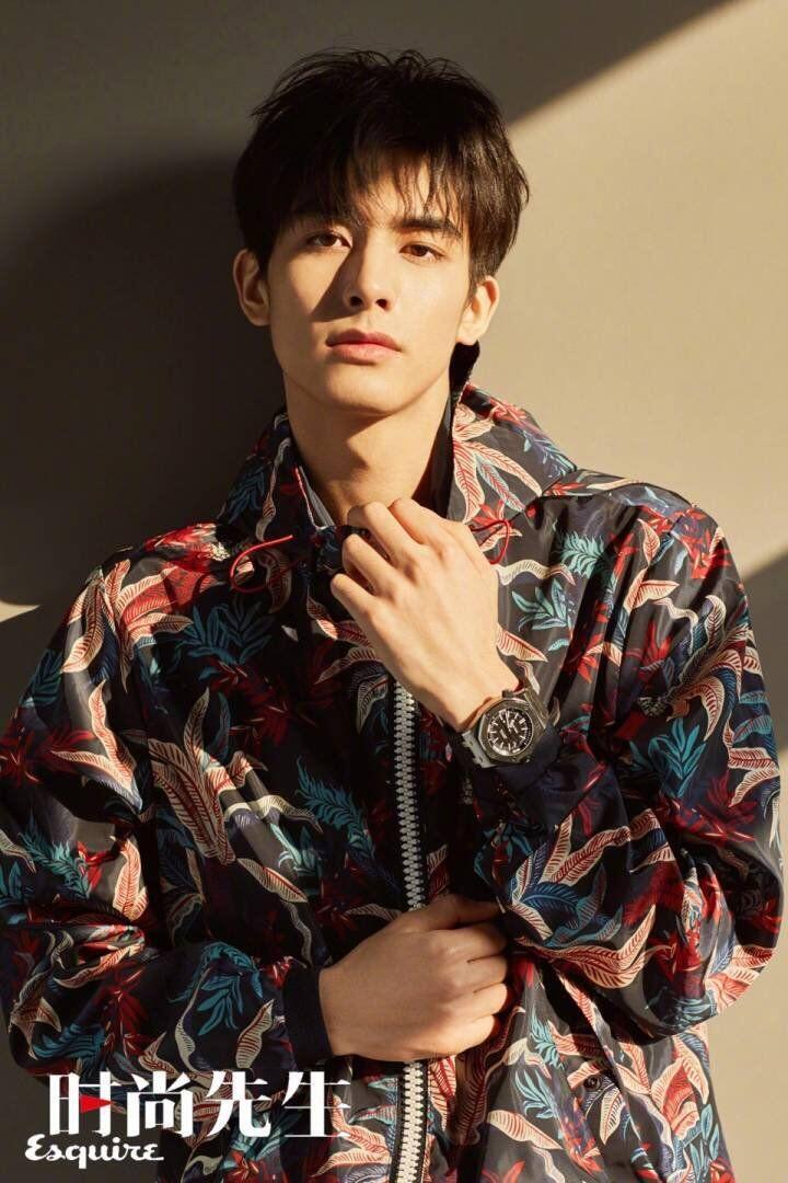 7 Fakta Menarik Song Wei Long Aktor China yang Katanya Mirip Sehun EXO