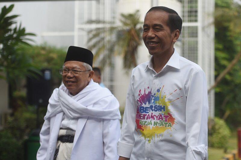 Komentari Kostum Jokowi, Kaesang: Bapak Kan Gaul