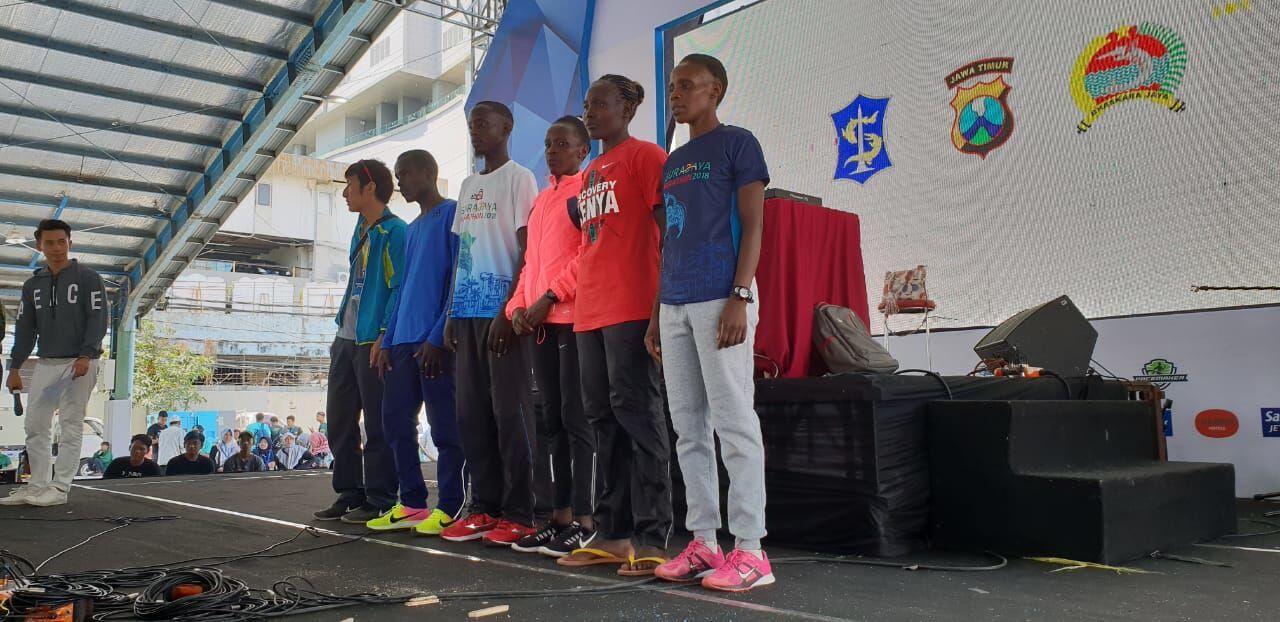 Lari 42 Km, Pria Kenya Juarai Surabaya Marathon 2018