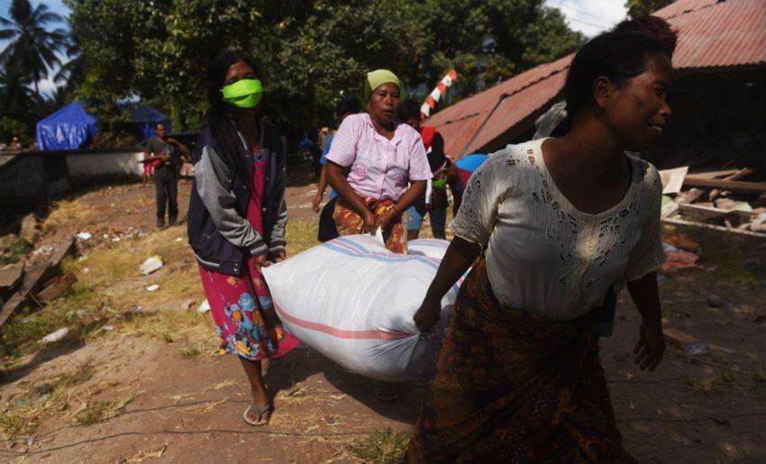 Usai Gempa, Suku Sasak Ritual ke Gunung Pujut