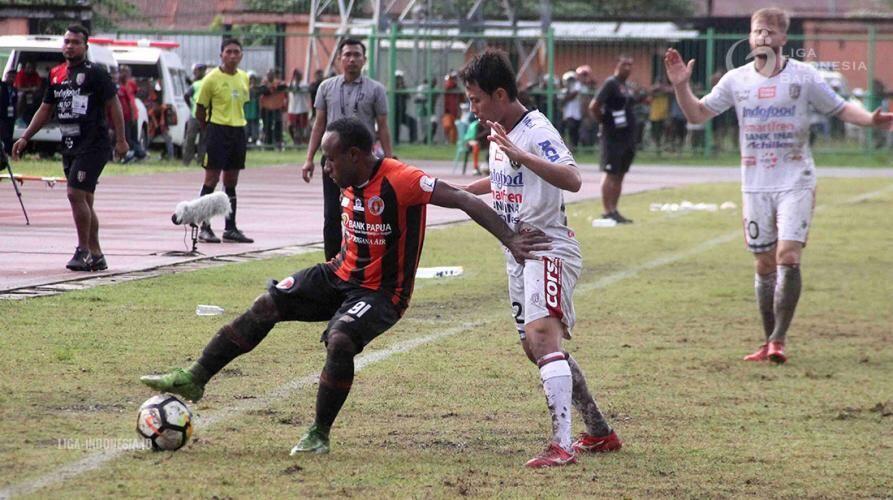 Bali United Kembali Taklukkan Perseru di Kandangnya Sendiri