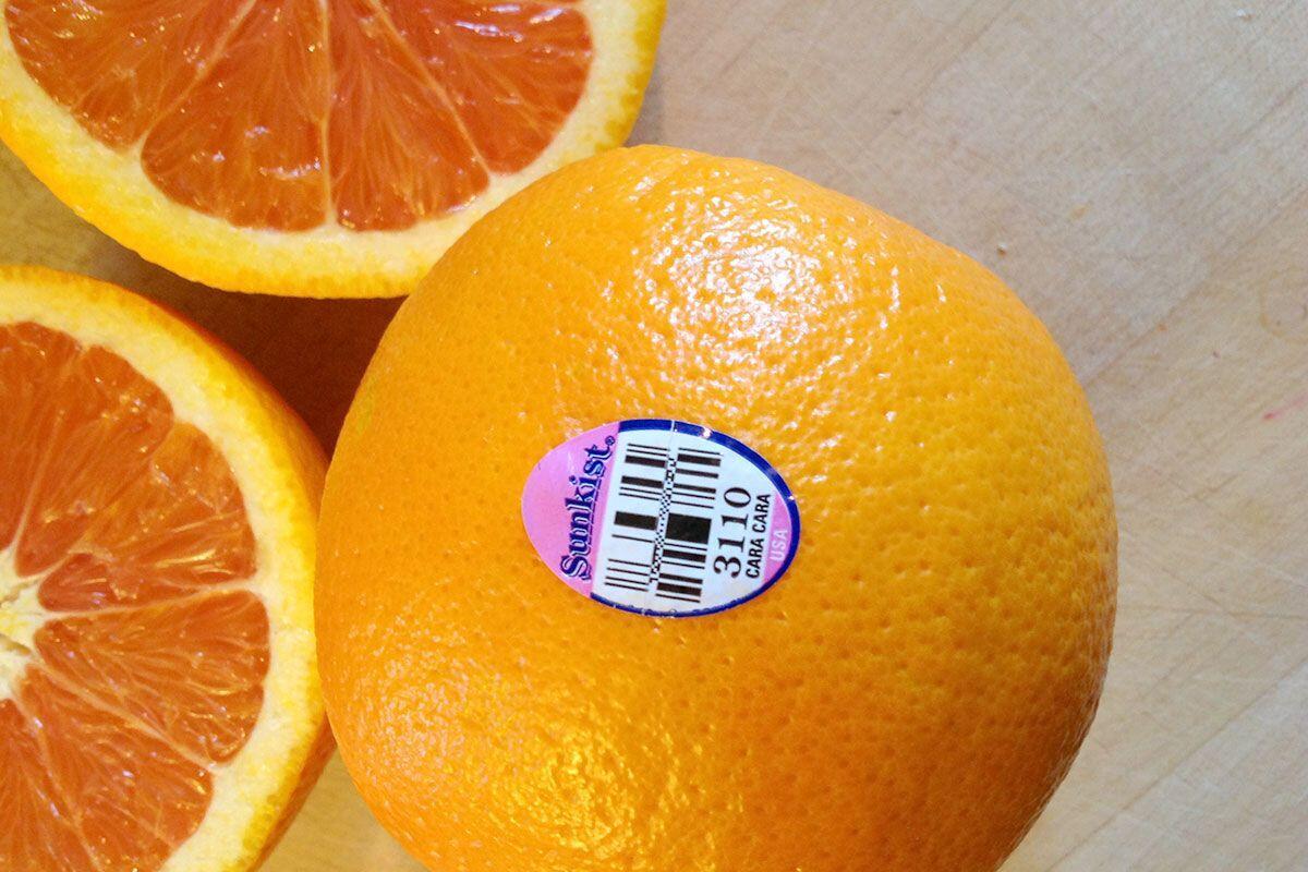 4 Arti Kode Label pada Buah, Jangan Sampai Kamu Salah Makan!