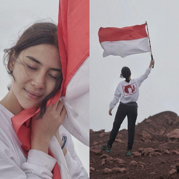 71 Gambar Anak Membawa Bendera Merah Putih Kekinian