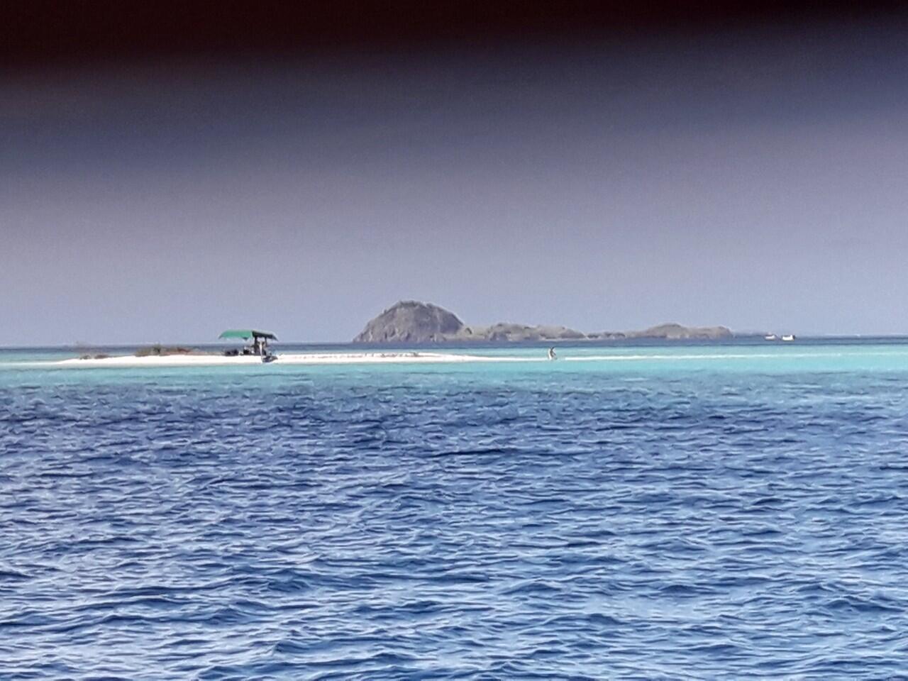 7x24 Jam di Pulau Flores