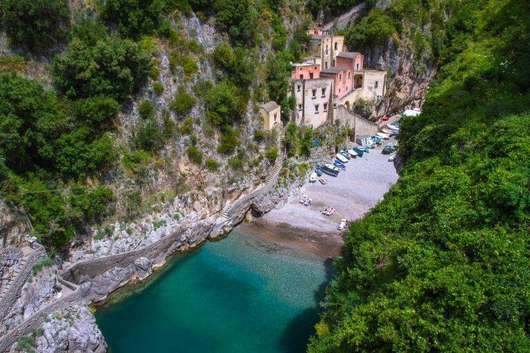 Desa Indah Namun Tempatnya Terpencil Di Dunia