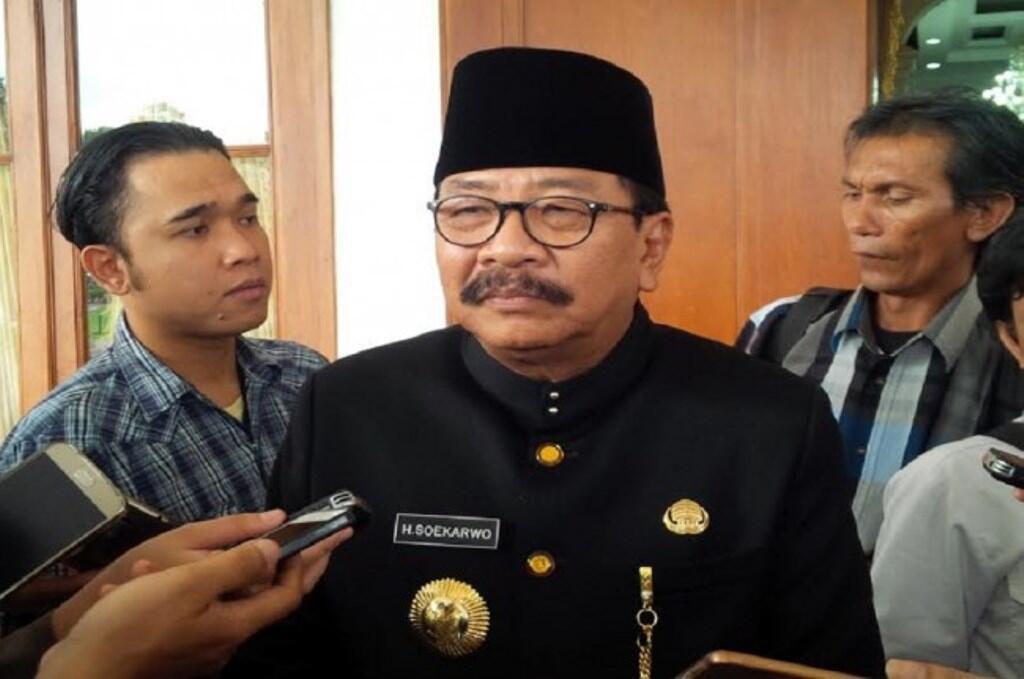 Tim Jokowi-Ma'ruf Lobi Pakde Karwo