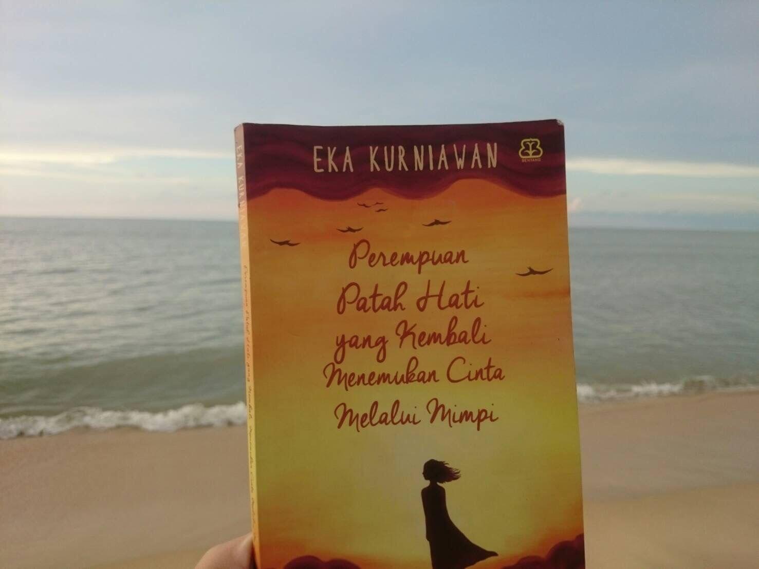 6 Buku Karya Eka Kurniawan Ini Akan Memberimu Banyak Pelajaran Hidup