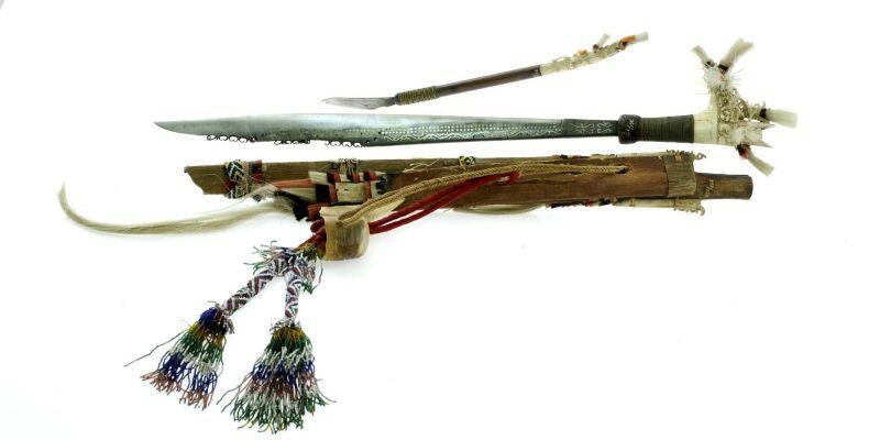 Jangan Dilupain, Yuk GanSis Berkenalan Lagi Dengan Senjata Tradisional Kita