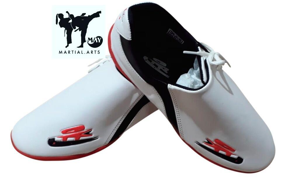 Sepatu Taekwondo Yoon