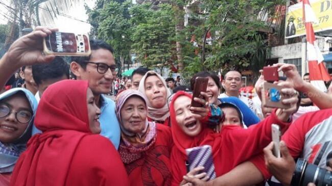 Rupiah Terpuruk, Sandi Bela Jokowi