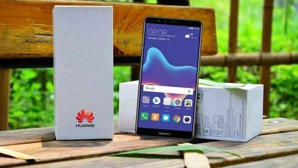 Huawei Y9 2018, Ponsel Menarik dengan Harga Ciamik