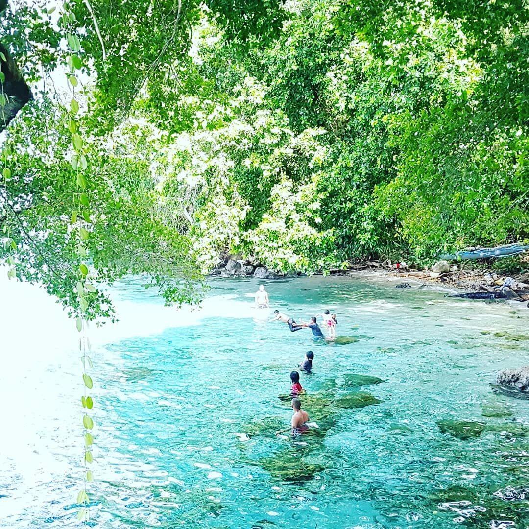 12 Pulau Cantik di Indonesia yang Wajib Banget Kamu Datangi