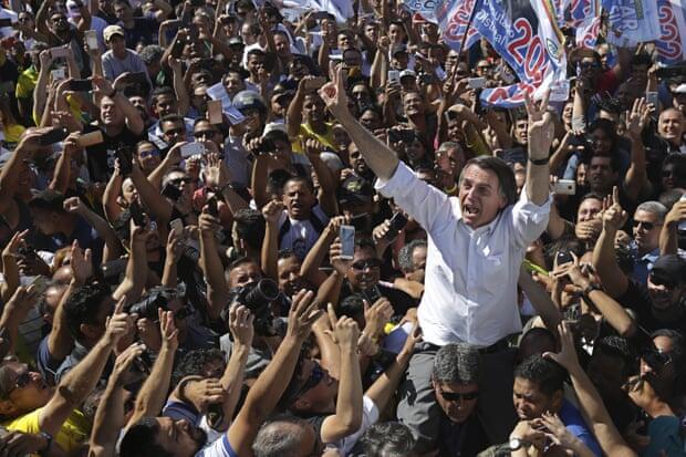 Ngeri!, Kandidat Presiden Brazil Ini Ditikam Saat Lagi Kampanye!