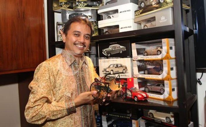 5 Barang bernilai 'Kecil' punya Negara yang diduga dibawa Roy Suryo