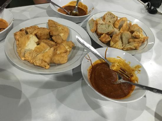 7 Kuliner Legendaris di Bandung, Makan Enak Sambil Nostalgiaan Nih