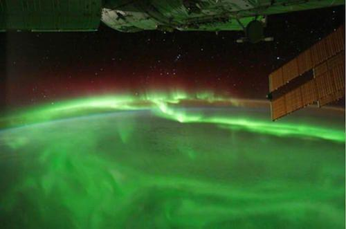 Gak Kalah dengan Bumi, Inilah 5 Aurora Menakjubkan di Tata Surya