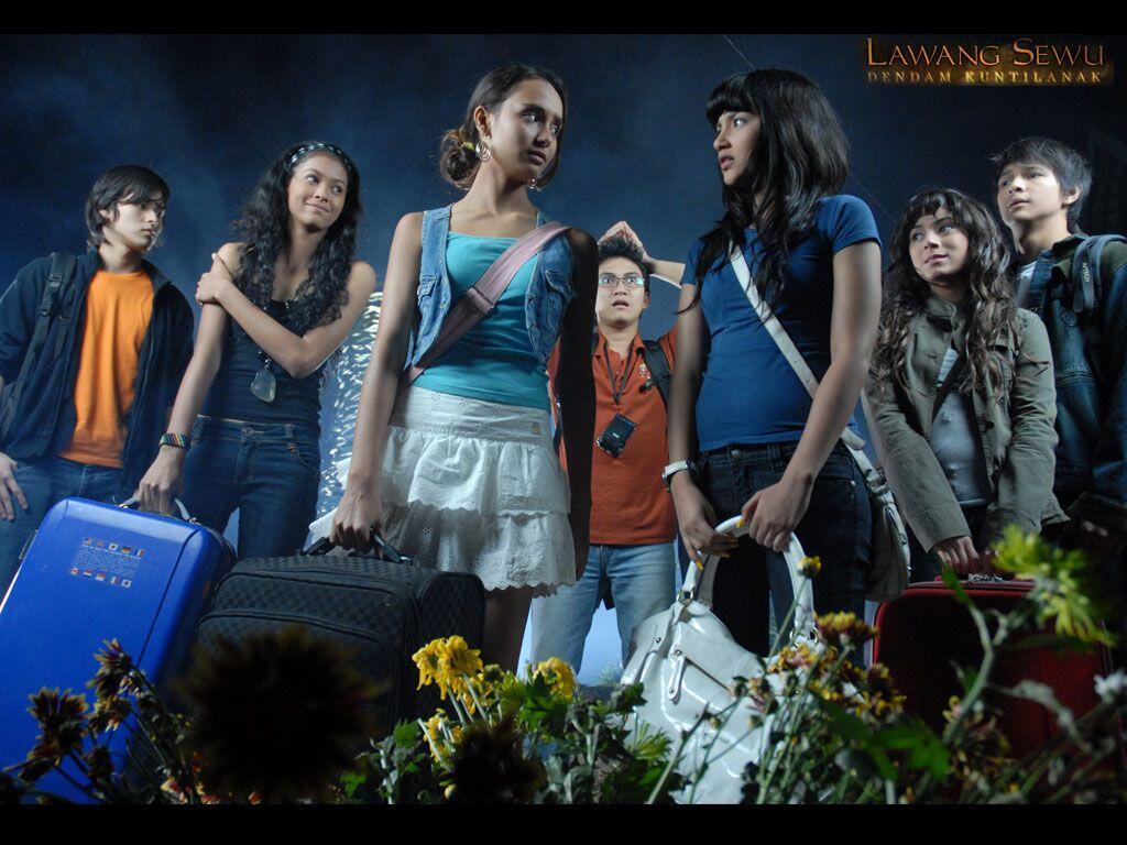 7 Film Horor Lawas yang Tetap Menakutkan Kalau Dilihat Sendiri