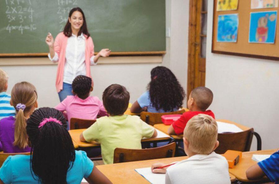 Nostalgia Masa Sekolah, 5 Kegiatan Ini Pasti Kamu Lakukan Jelang UN