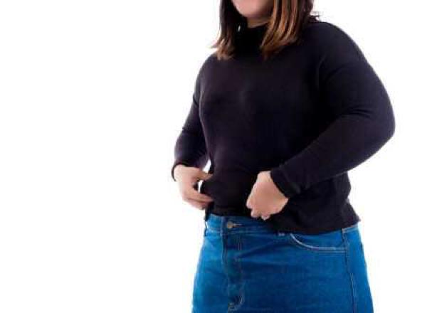 8 Tips Fashion untuk Sembunyikan Perut Buncitmu
