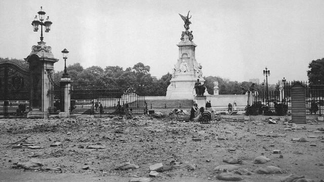 13-9-1940 Dibombardirnya Istana Buckingham Oleh Jerman
