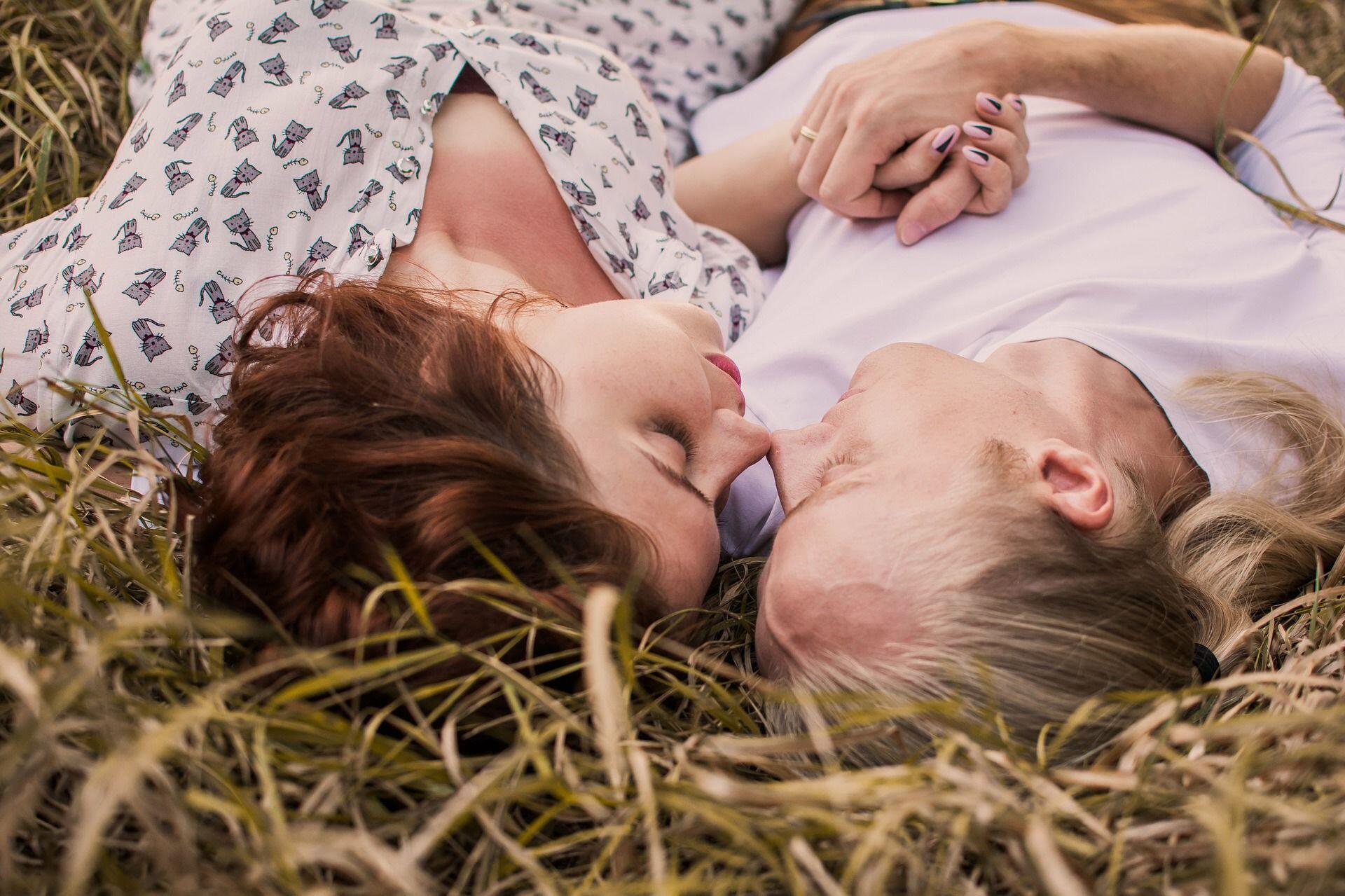 Sebelum Menikah, Buang Jauh-Jauh 5 Harapan Tinggi Ini!