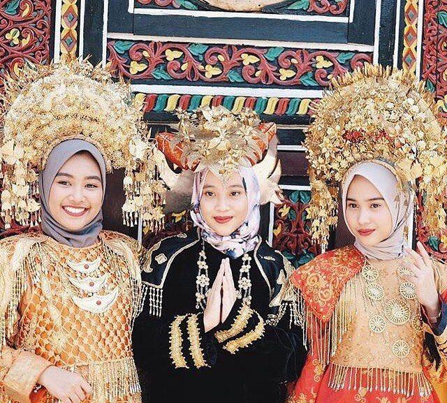 10 Potret Menawan Teh Ody, Kakak Kandung Iqbaal Ramadhan