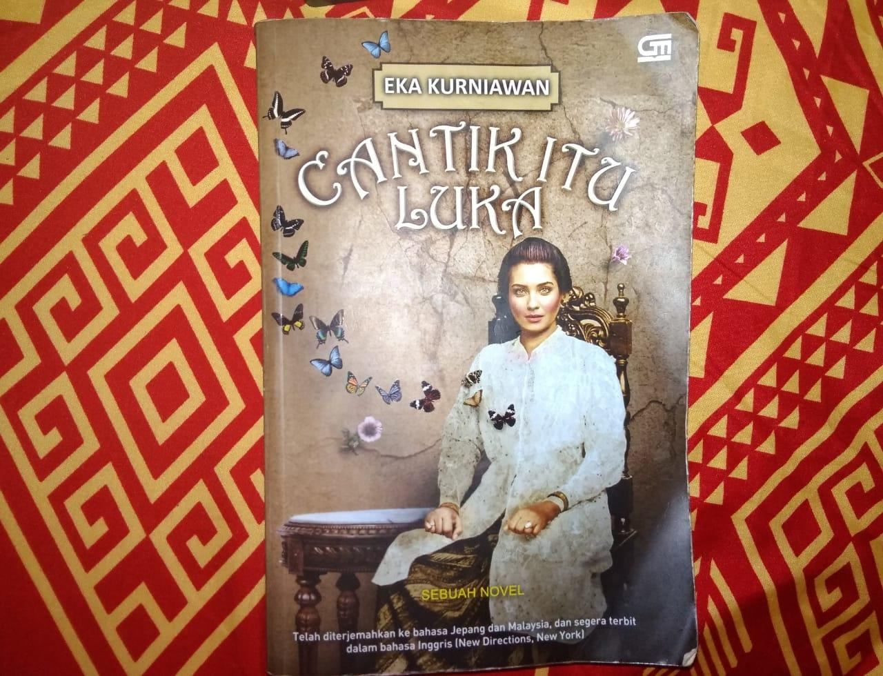 [COCBuku] Review Buku Cantik Itu Luka - Eka Kurniawan #AslinyaLo