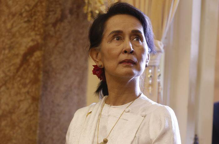 Suu Kyi izinkan dua jurnalis Reuters ajukan banding