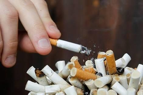 5 Ciri - Ciri Perokok Berat, Yang Merokok Pasti Sudah Tau Nih