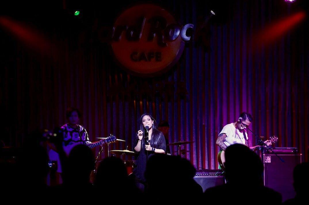 Iga Massardi Hingga Candil Ramaikan Konser Tribute to Gun N' Roses